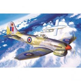Academy Avión Tempest V 1/72