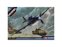 Academy Avión IL-2 Sturmovik & Panther D 1/72