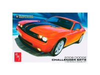 AMT Dodge Challenger SRT8 2008 1:25