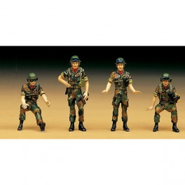 Academy Figuras Rok Tank Crew 1/35