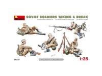 Figuras Soviet Soldiers Resting 1/35