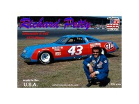 Richard Petty 43 Oldsmovile 442 win '79 1/25